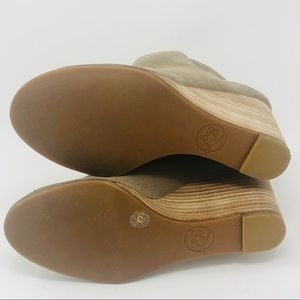 Lucky Brand Shoes - Lucky Brand Suede Wedges